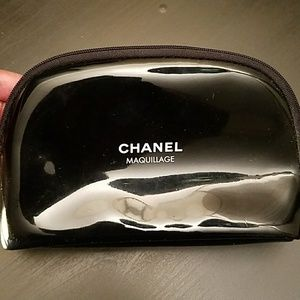 Chanel Maquillage Makeup Pouch